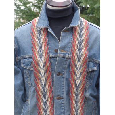 Parure vestimentaire fléchée - Têtes de flèche et flammes - oeil
